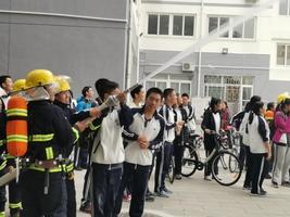 365体育备用:師生積極開展消防技能培訓及演練活動